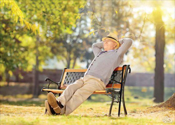 سن بازنشستگی برای زنان و مردان چقدر است؟ + همه شرایط سنی و سابقه ای برای بازنشستگی
